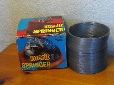 MERIT 70'S ENGLAND SPRINGER ( SLINKY ) TOY VINTAGE No.2425 BOXED EX. CONDITION