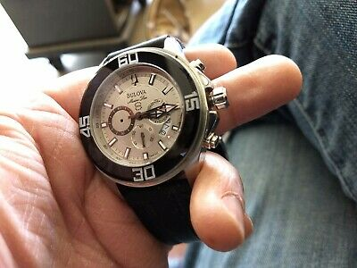 Bulova Accutron Marine Star men's chronograph One small hand is dismounted. Runs