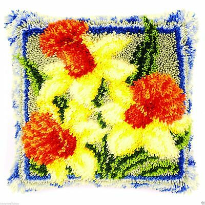 Daffodils Latch Hook cushion front kit by Vervaco 40x40cm latch hook canvas