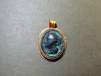 Egyptian Gold & Bronze Pendant Lady In Profile Ptolemaic Cleopatra ? 300-200 Bc