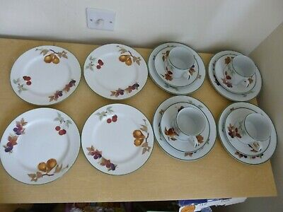 4 Royal Worcester Evesham Vale Trios - 8 inch Plates & Cups & Saucers
