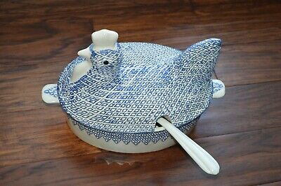 Vintage Whittier Potteries 77 Casserole Soup Tureen blue White Chicken Rooster
