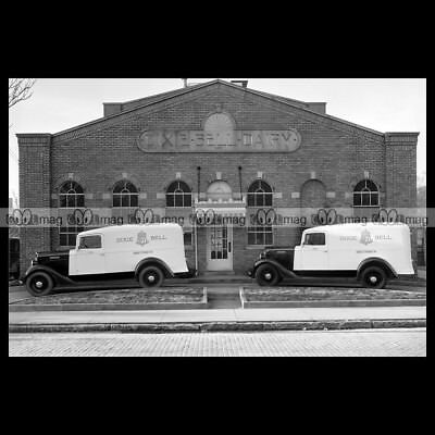 #pha.006315 Photo INTERNATIONAL C-1 DELUXE PANEL TRUCK 1934 DIXIE BELL DAIRY Car