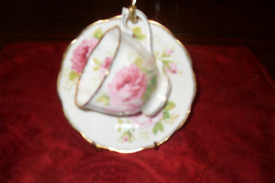 Royal Albert AMERICAN BEAUTY  Cup and Saucer   bone china