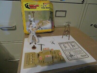 Vintage Kenner Raiders of the Lost Ark The Map Room Set 1982 Not Complete