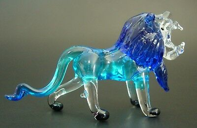 Glass Animal Curio Display African Roaring LION King of Jungle Glass Ornament
