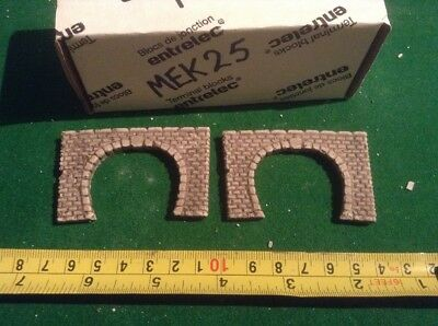 2 X Twin Track Z Scale Tunnel Portals, Painted
