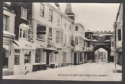 Postcard Salisbury Wiltshire shop House of Steps at High Street Gate in snow RP