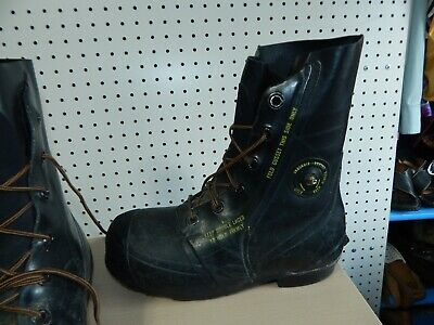 fb087d373c6 NEW BATA MICKEY Mouse Extreme Cold Weather Boots, Size 6 Regular ...