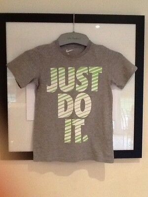 Nike Just Do It. Age 8-10 Years. T Shirt Grey And Green