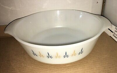 Anchor Hocking Fire King White Candle Glow 1.5 Qt casserole dish #437 ovenware