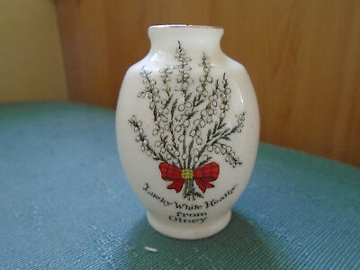 Lucky White Heather From Olney - Small Vase - Arcadian Lustre Crested China