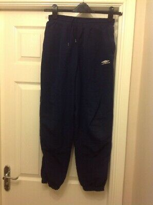 Boys Umbro Navy Blue Tracksuit Bottoms Size XL Boys Age 12 In Good Condition