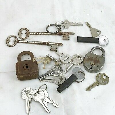 Vintage Yale Lock And Job Lot Bundle Of Keys
