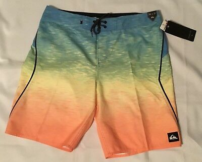 bfe78062dd NWT MEN'S QUIKSILVER Momentum Fader 21 Board Shorts Size 36 - $24.99 ...