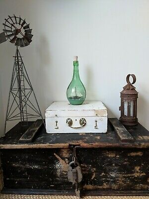 Vintage~Old Pine Trunk~Old Wooden Chest/Box~Coffee Table~Blanket/ToolBox~Painted