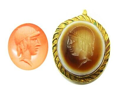 1st - 3rd century A.D. Roman gold pendant with banded agate intaglio of Apollo