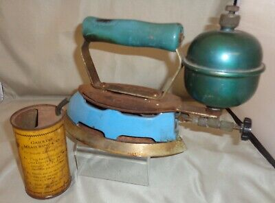 Vintage Coleman Iron Gas Model 4A Blue Porcelain with Gas Measuring Can