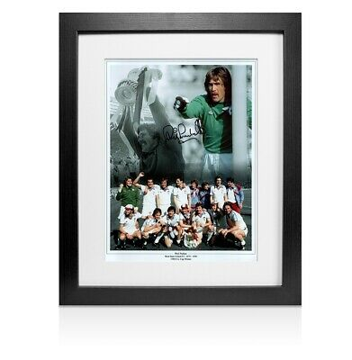 Framed Phil Parkes Signed Photo - West Ham 1980 FA Cup Winner Montage