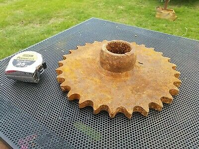 """Large extra rusty and worn gear sprocket 22 lbs 12 1/4"""" across metal art  (#11)"""