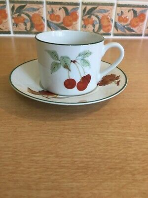Royal Worcester Evesham Vale Cups & Saucers x 2