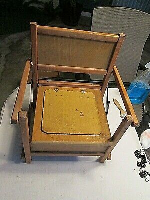 Vintage Collapsable Wooden Potty Chair                                     Drshd