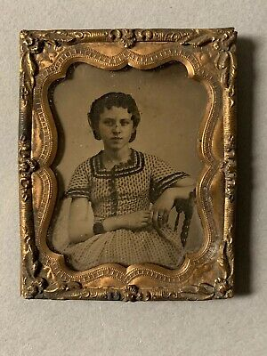 Vintage/Antique Ambrotype Of Seated Young Lady