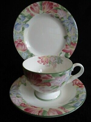 Royal Albert China 'Fonteyn' Cup/Saucer/Plate Tea Trio Excellent Clean Condition