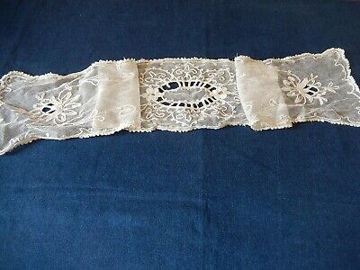 Ancienne Broderie Cornely Napperon