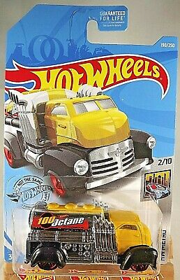 2019 Hot Wheels #190 HW Metro 2/10 FAST GASSIN' Yellow/Chrome w/Red Pr5 Spokes
