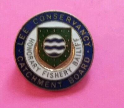 VINTAGE ENAMEL ANGLING / Fishing Badge - Lee Conservancy - Fishery Bailiff