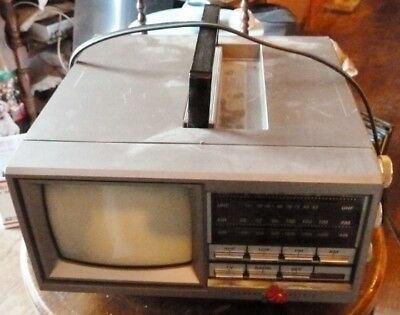 "Vtg GE Portable 5"" TV AM/FM Radio 7-7150B General Electric Works"