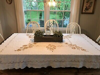 VtG Farmhouse Handmade Stitched EMBROIDERED TABLECLOTH  Floral Cross Stitch