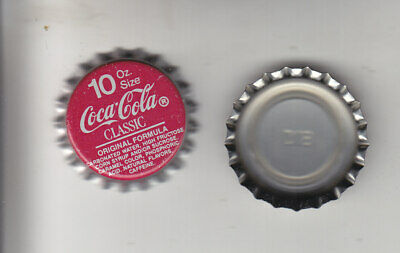 COCA-COLA  10 oz. RED BOTTLE CAPS..100 PIECES  PLASTIC LINED   NEVER CRIMPED