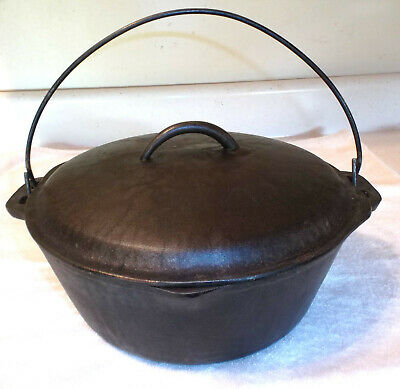 Vintage No 8 USA 10 5/8 Cast Iron Dutch Oven w Self Basting Lid BSR Century