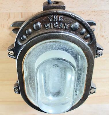 Superb Vintage Industrial The Wigan Factory Cast Iron Bulkhead Ships Lamp Light