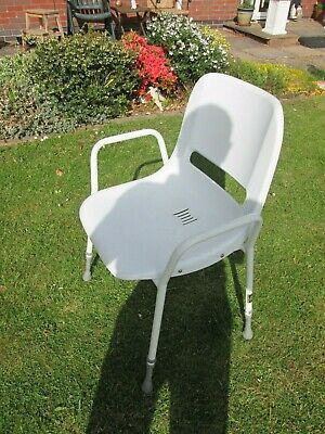 No 64  Disabled - Elderly Shower Chair 0072007 Used