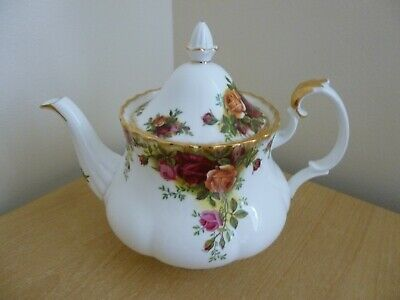 Royal Albert Old Country Roses Tea Pot - Second