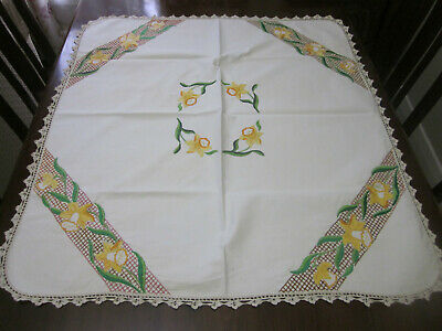 Beautiful Vintage Daffodils Hand Embroidered Tablecloth