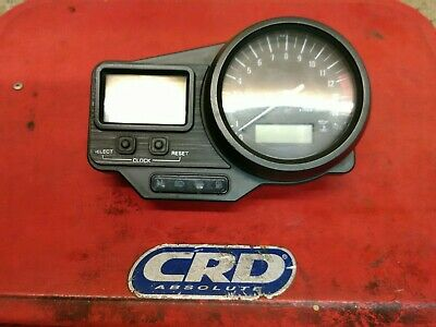 Yamaha 4xv R1 99 model,clocks, speedometer tachometer,yzf1000