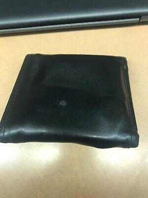 1383f7b7b2e9 Men's Gucci wallet (brown genuine leather) barely used. Previous owner:  dunham