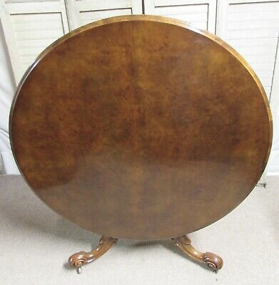 Victorian Burr Round Walnut Loo or Dining Table, Circa 1860