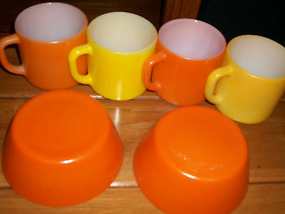6  Ieuc Vintage  Federal Milk Glass Lot Coffee Mugs Orange Yellow Orange Bowls