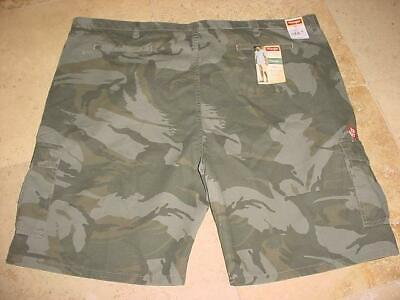 9c9f540a32 Nwt Wrangler Relaxed Fit Sporty Big & Tall Camo Print Cotton Cargo Shorts  Sz 50