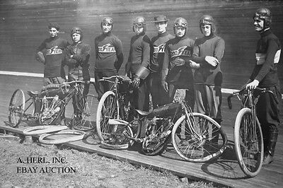 Indian 8 valve 61ci V-twin 1912 boardtrack crash team photo motorcycle racing