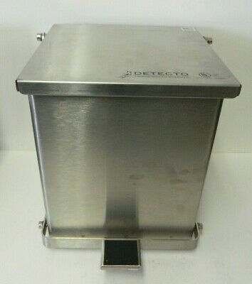 Cardinal Detecto C-16 Step-On Waste Receptacle Stainless Steel (16 Quart)