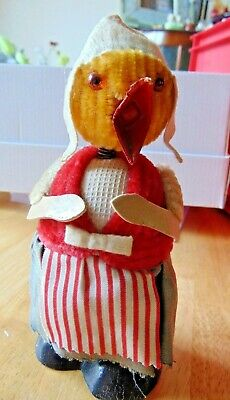 Old Quirky Mother Hen Chick Figure With Wobble Head Feature 1940/50's