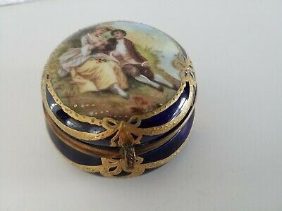 Fine Antique Gilded Porcelain Trinket Pill Patch Jewellery Dresser Box C1870