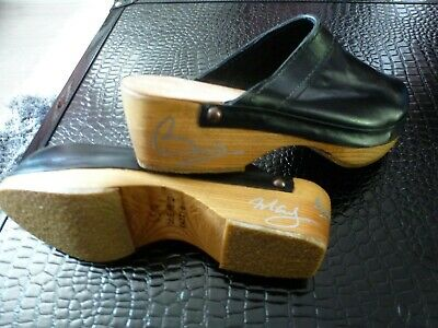QUEEN, Freddie Mercury, Roger Taylor, BRIAN MAY-  Bri's OWN, WORN, SIGNED CLOGS!