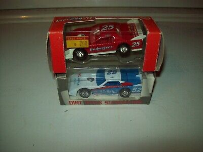 KEN SCHRADER #25 Budweiser Action 1:64 Dirt Late Model Race
